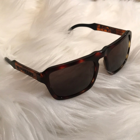 498d6e03bc4f2 Burberry Accessories - Burberry turtle sunglasses GOOD CONDITION!